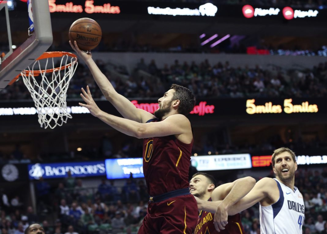 Kevin Love and Dirk Nowitzki Cavs