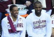 Channing Frye and LeBron James